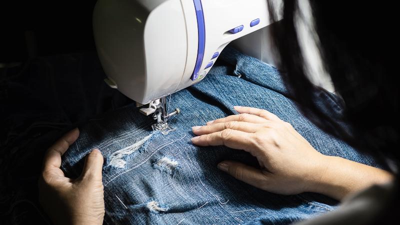 Dicas de Costura: Como Cerzir Calça Jeans Fácil